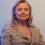 هيلاري كلينتون تحتل المركز الاول بقائمة أكثر الامهات نفوذا!