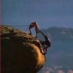 أؤلئك الذين يصلون القمة ويجدون الوقت ليرفعوا أخرين إليها معهم..