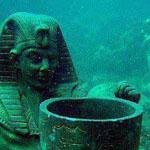 اثار قديمة في أسفل البحر في الااسكندرية
