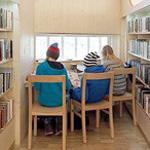 من اجمل المكتبات التى يقع نظرك عليها روعة التصميم