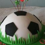 يمي يمي  لمحبي وعشاق كرة القدم....