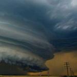 صورة لأحد الأعاصير في كندا