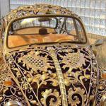 سيارة مصنوعة من الذهب رووووعة