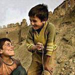 طفلان قررا صنع أوقات من السعادة بأنفس...