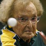 اللاعبة الاسترالية دوروثي 99 عاما أ...