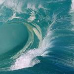 امواج البحر ناطحات السحاب
