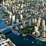 منظر جوي رائع لمدينة فانكوفر غرب كندا...