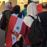 كيف دخلت السيدات الإيرانيات إلى مدرجات مباراة سوريا وإيران رغم الحظر؟