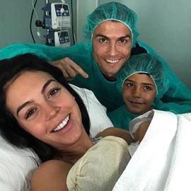نجم كرة القدم العالمي كريستيانو رونالدو يرزق بطفلة جديدة