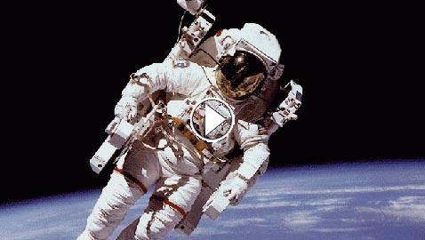 تغيرات طريفة وصادمة تحدث لجسم الإنسان في الفضاء