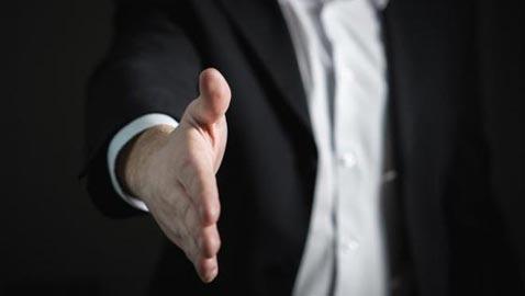 حجم وشكل يدك يدلا على شخصيتك