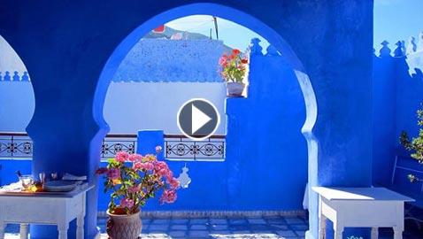 بالفيديو.. ..ما سر اختيار هذه الألوان في مختلف المدن حول العالم؟!