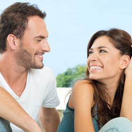 للنساء فقط: حيلة تجعله يُعجب بك بجنون حتى لو كان حوله عشرات الحسناوات!