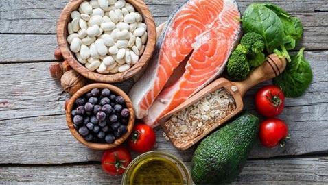 10 أطعمة صحية لمكافحة الالتهابات المزمنة ومقاومة مرض السرطان