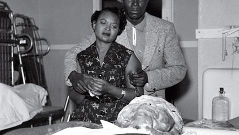 صور أبشع جريمة قتل عنصرية بأمريكا في الخمسينات