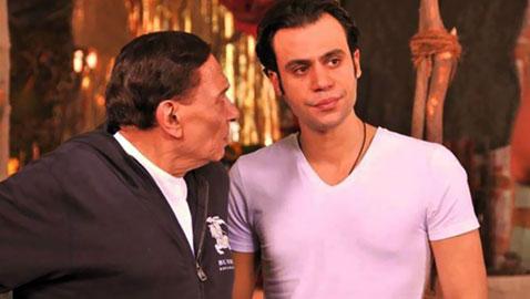 محمد عادل امام: اخاف من والدي في هذه اللحظات ولهذا لا اشاركه التمثيل!