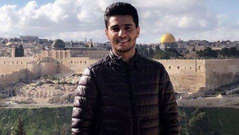 """النجم الفلسطيني محمد عساف يدعم وطنه ويحيي يوم الأسير الفلسطيني"""""""