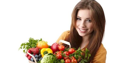 10 أطعمة مفيدة لجمال وصحة الشعر