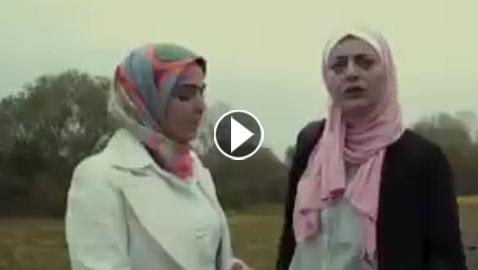 بالفيديو: عنصري يعتدي على ممثلتين ترتديان الحجاب خلال تصوير (فوق  ..