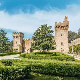 بالصور.. للبيع قلعة تاريخية في إيطاليا عمرها 6 قرون