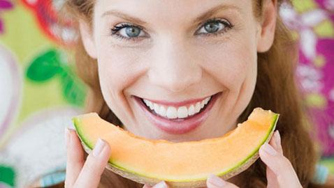 تعرفوا الى أهم فوائد الشمام الصحية والجمالية!