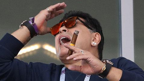 ما سبب تدخين مارادونا للسيجار في المدرجات خلال مباراة الأرجنتين؟