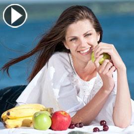 بالفيديو.. نصائح مذهلة لتجنب زيادة الوزن في العطلة الصيفية