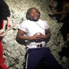 الملاكم الأمريكي مايويذر يتفوق بثروته على ميسي، رونالدو وجورج كلوني!