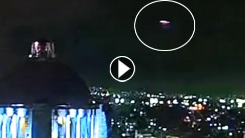 بالفيديو.. ظهور صحن طائر سريع ينتقل بسرعة نبضية