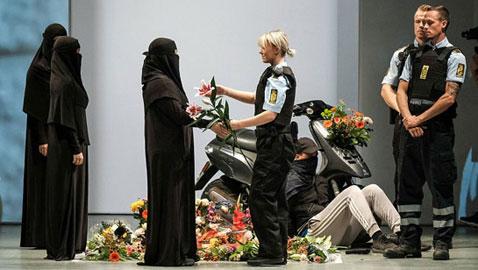في الدنمارك: عرض أزياء (احتجاجي) بالبرقع والنقاب