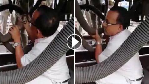 فيديو صادم.. لحظات مخيفة لقطار تحرك بينما ما زال عامل الصيانة تحته!