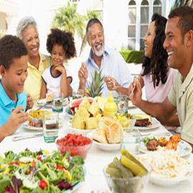 احذروا!.. أطعمة ينصحك الأطباء بالابتعاد عنها لخطورتها على الصحة!