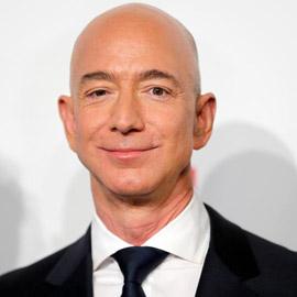 جيف بيزوس تبرع بـ2 مليار دولار! كيف ينفق أغنى رجل في العالم ثروته؟