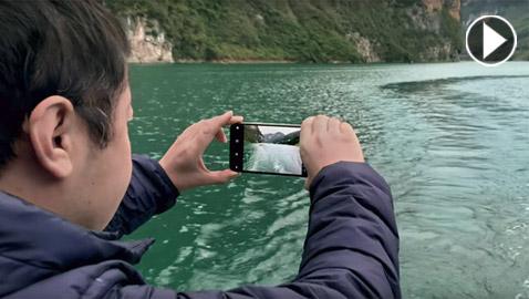 بالفيديو.. آبل تكشف قدرات مميزة لكاميرات هواتفها