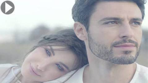 نانسي عجرم في الفالنتاين: (الحب زي الوتر) فيديو رومانسي واغنية حالمة