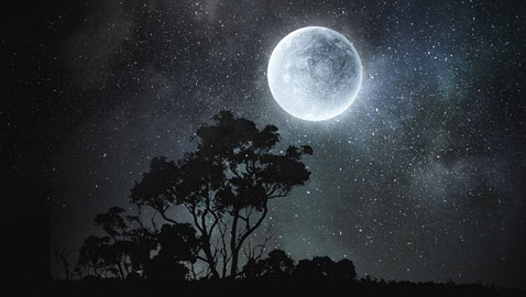 إليكم أبرز الأساطير والمعتقدات والحكايا القديمة عن ليلة اكتمال القمر
