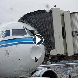 فيديو: رعب ركاب طائرة كويتية وصراخهم بعد الاصطدام بغيمة جليدية