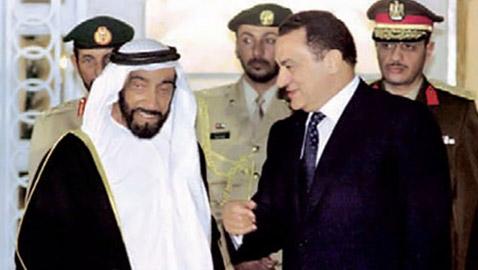 مبارك: حميت آبار بترول الامارات بقوات الصاعقة المصرية