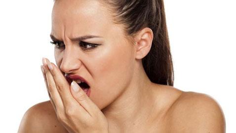 مجموعة حلول اذا كنت تعاني من رائحة الفم الكريهة...
