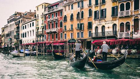 البندقية.. أجمل مدينة في إيطاليا معرضة للخطر والاندثار!