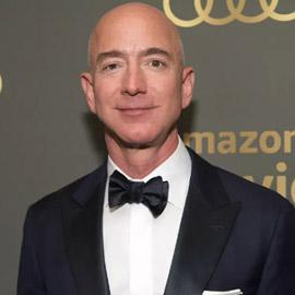 كيف أوصل جيف بيزوس شركة أمازون للقمة واصبح من أغنى الأغنياء؟