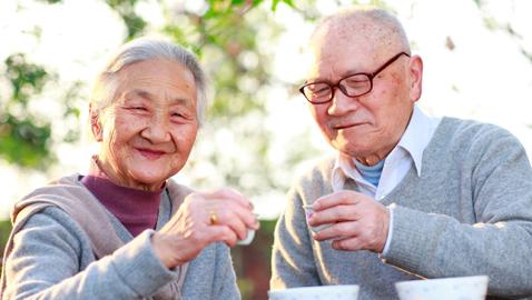 أكثر من 70 ألف شخص يتجاوز عمرهم الـ 100 في هذه الدولة!