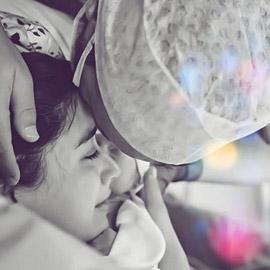 الصورة الأولى لهزال كايا وأطاي رفقة مولودهما فكرت علي