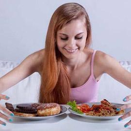 دراسة تثبت أنّ تناول العشاء لا يؤثّر على الوزن!