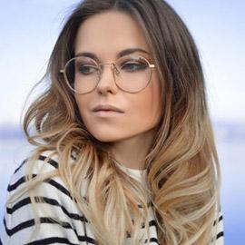 لماذا تنزعج بعد ارتداء النظارة الطبية لأول مرة؟