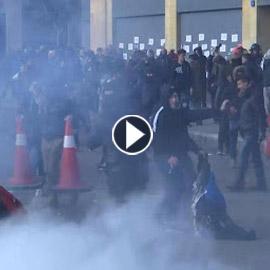 لبنان.. إصابة عشرات المحتجين في مواجهات البرلمان