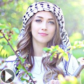 الفنانة الفلسطينية الدكتورة دلال أبو آمنه تطرح ألبومها الصوفي (نور)  ..