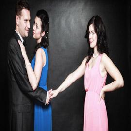 علامات تدل على خيانة الزوج لزوجته وعوامل تسهم في منعها