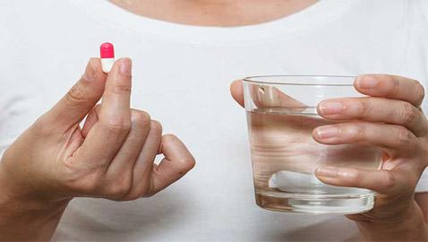 مشروبات عليك تجنبها عند تناول الدواء.. تعرف عليها!