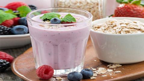 طريقة تحضير سموذي الفراولة بالشوفان لفطور صحي ولذيذ